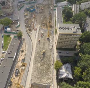 Budowa warszawskiego metra z lotu ptaka